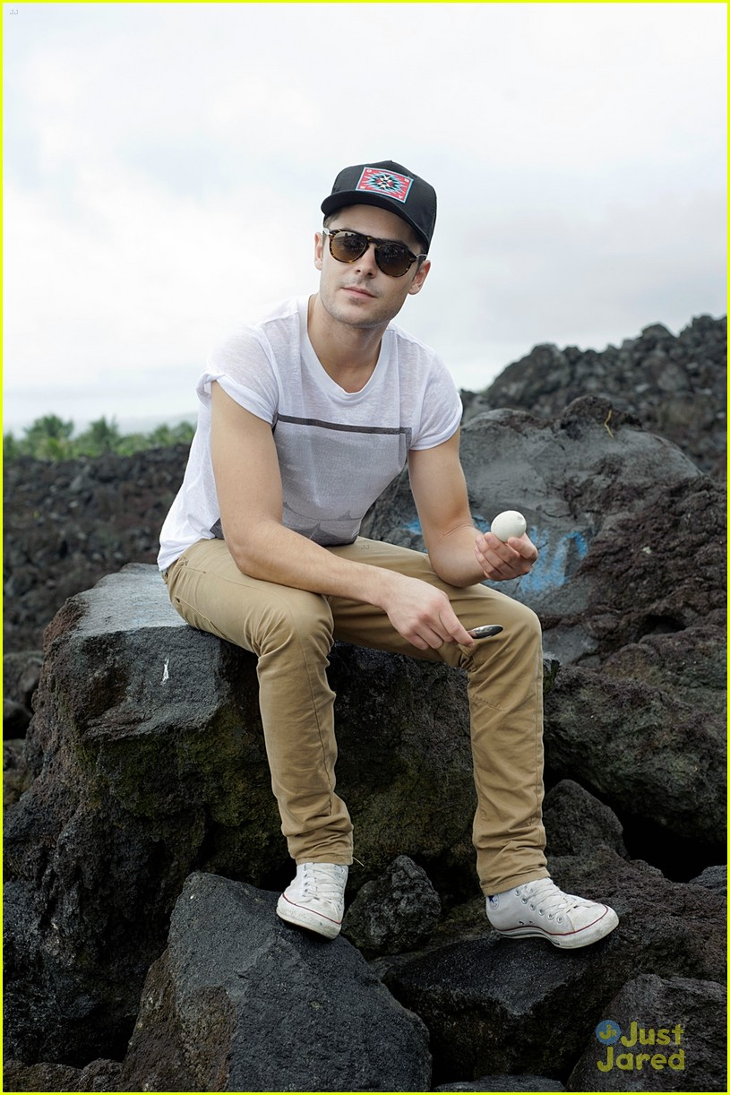 zac efron phillipines trip 01