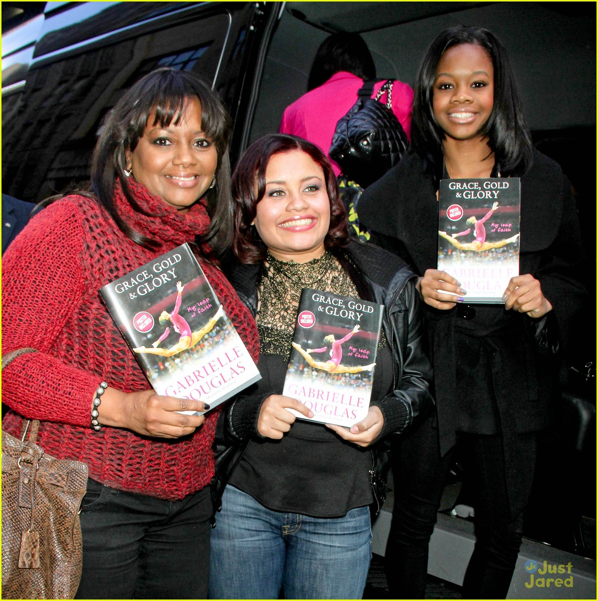 gabby douglas nyc book promo 02