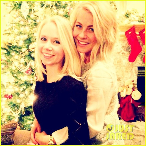 julianne hough christmas girls 01