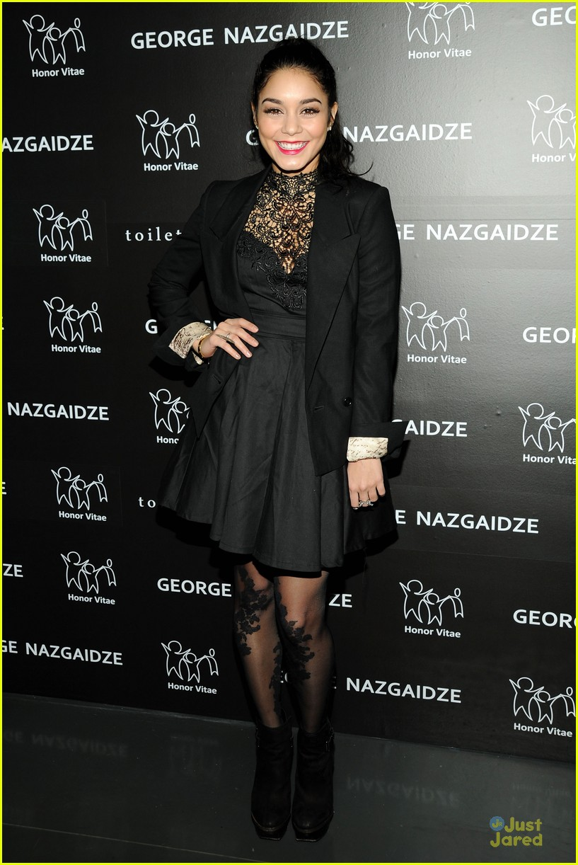 vanessa hudgens charity meets fashion holiday celebration 09