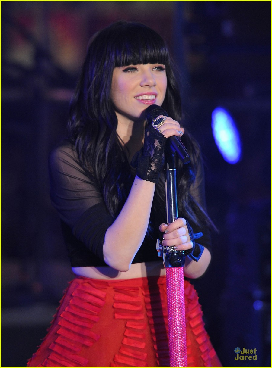 carly rae jepsen dick clark's new year rockin eve with ryan seacrest 10