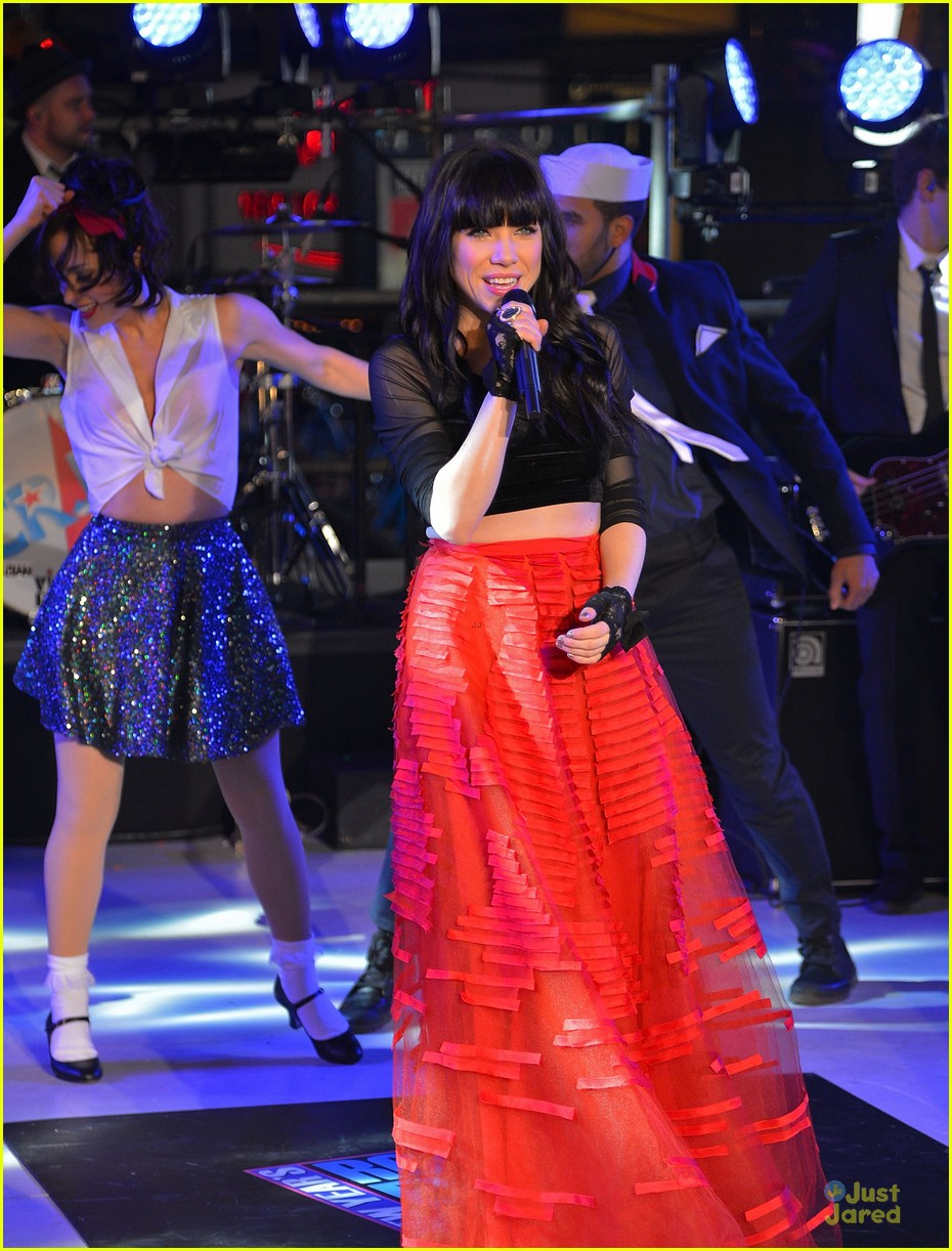 carly rae jepsen dick clark's new year rockin eve with ryan seacrest 18