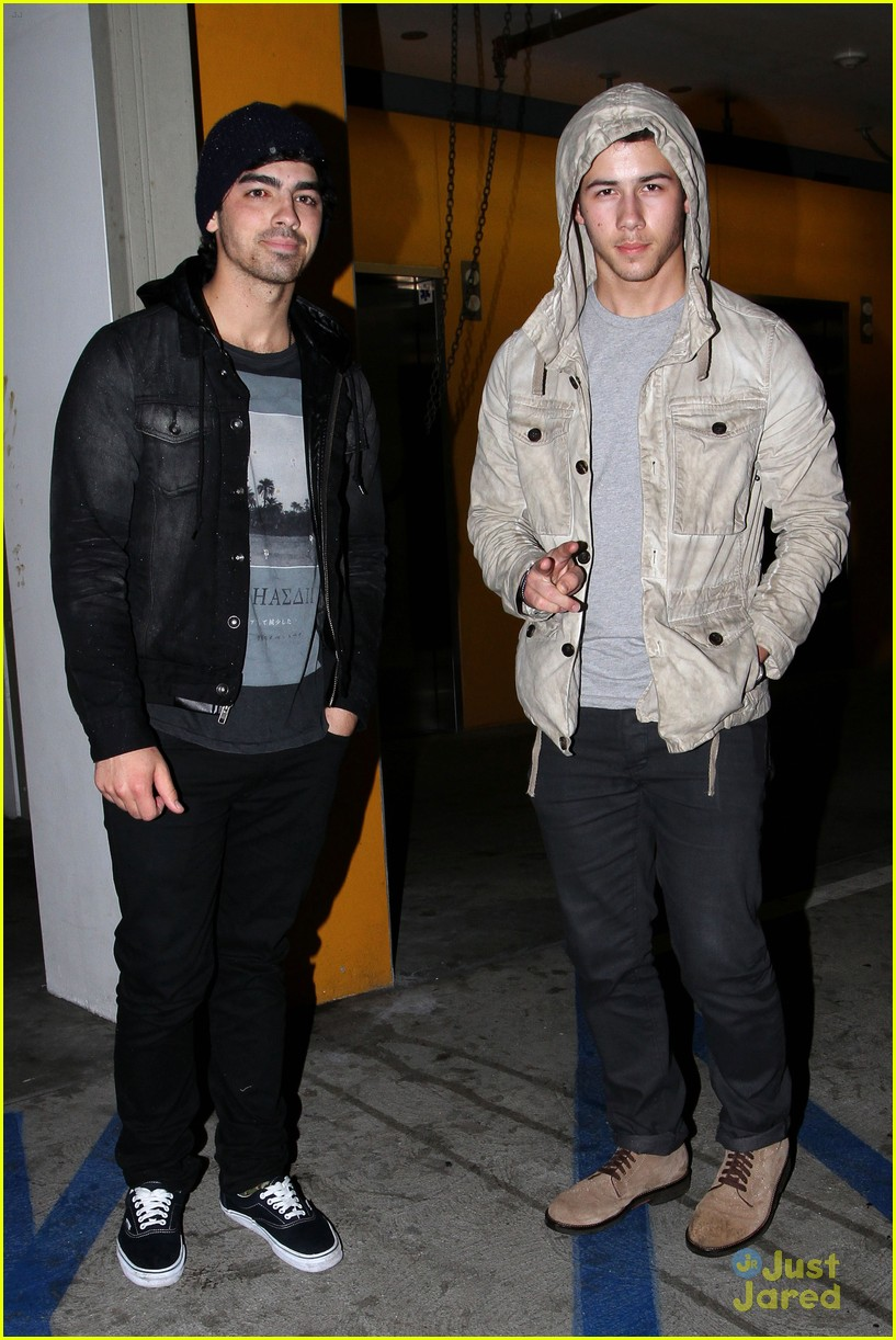 joe nick jonas double date 05