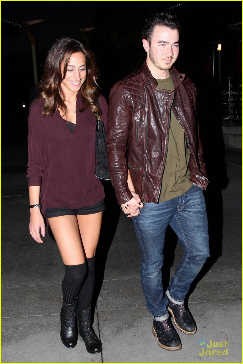 kevin danielle jonas movie date 07