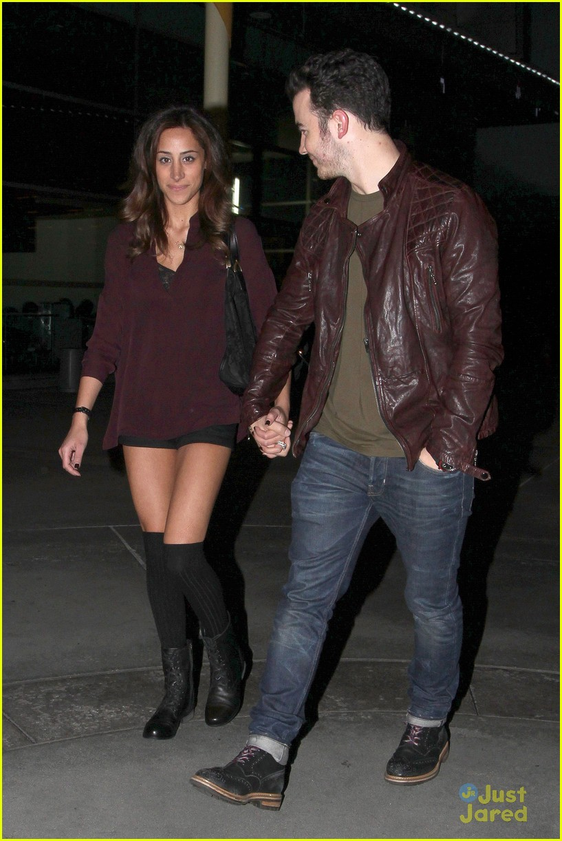 kevin danielle jonas movie date 08
