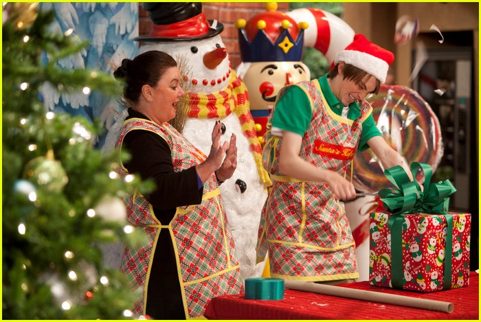 kickin it christmas nuts stills 05