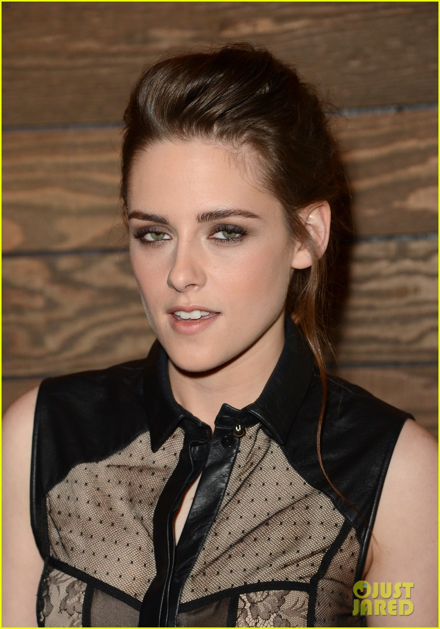 kristen stewart on the road 07