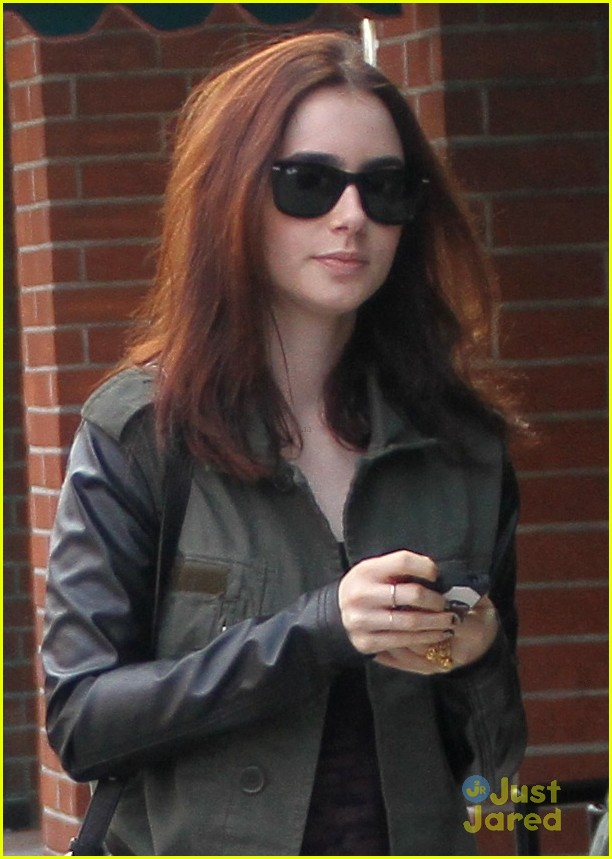 lily collins holiday shopping 01