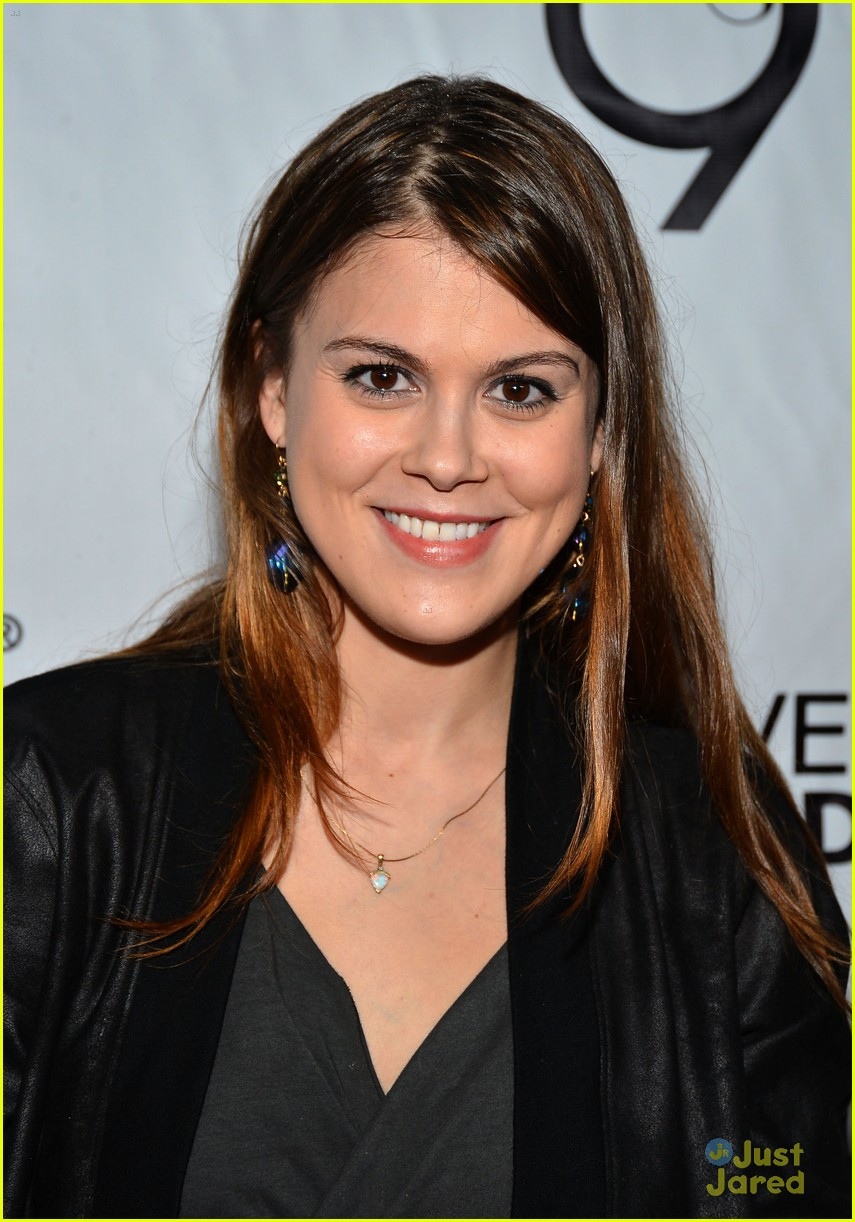 lindsey shaw chaz dean party 02