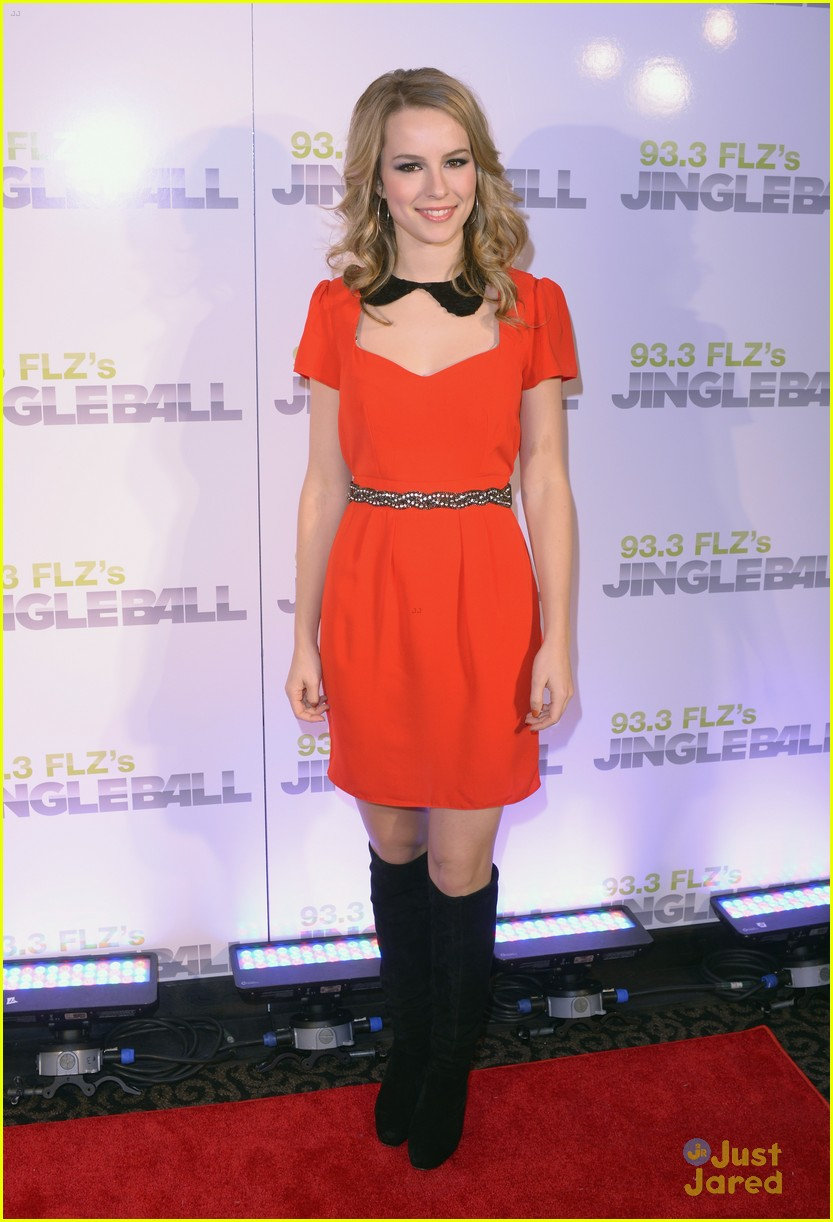 bridgit mendler tampa jingle ball 19