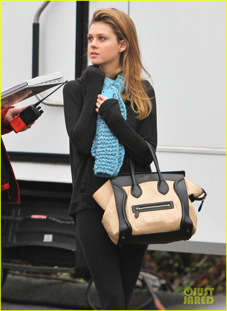 nicola peltz bates motel set 03