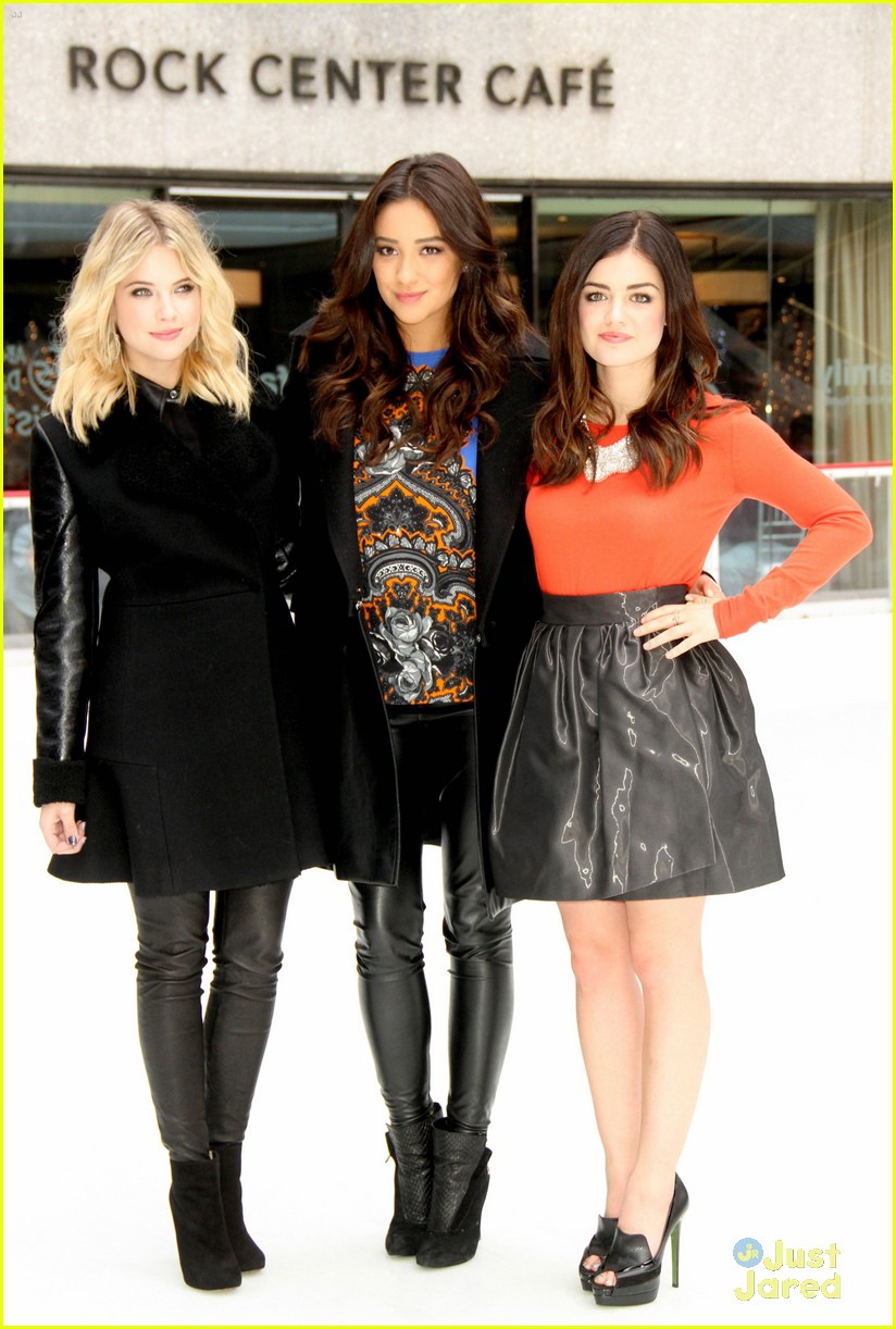 shay mitchell lucy hale ashley benson winter wonderland 03
