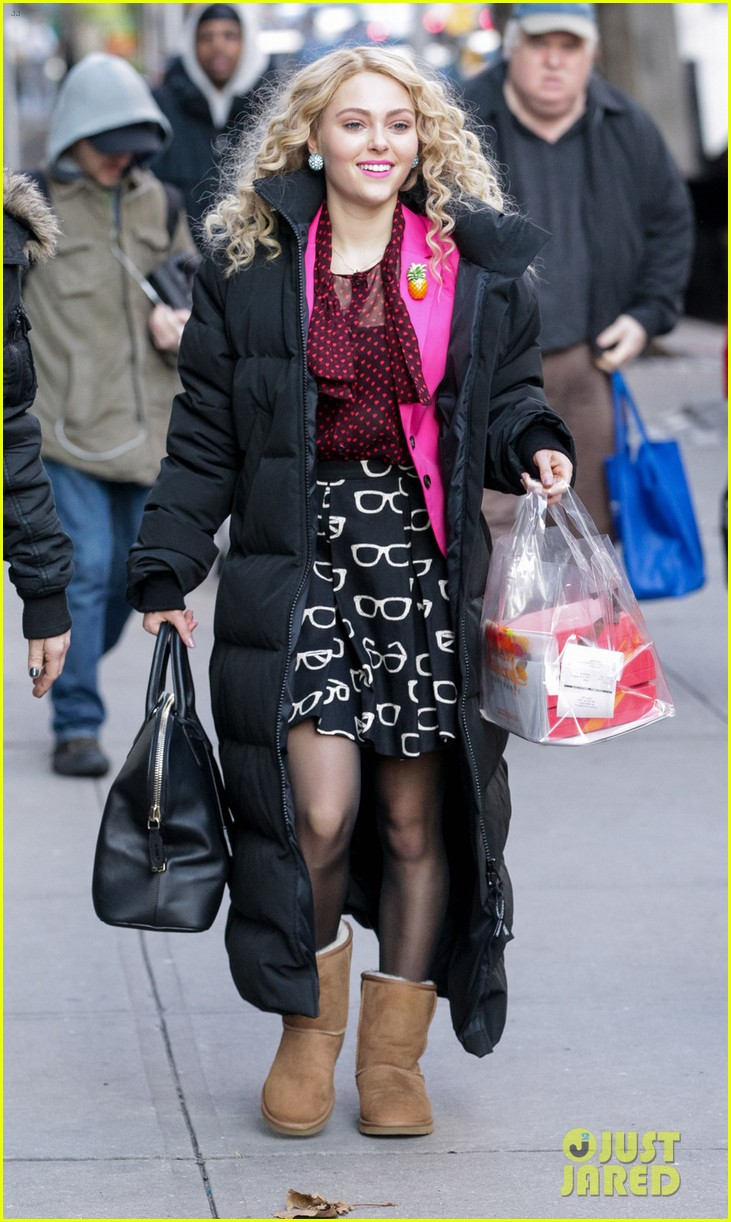 annasophia robb the carrie diaries set 12