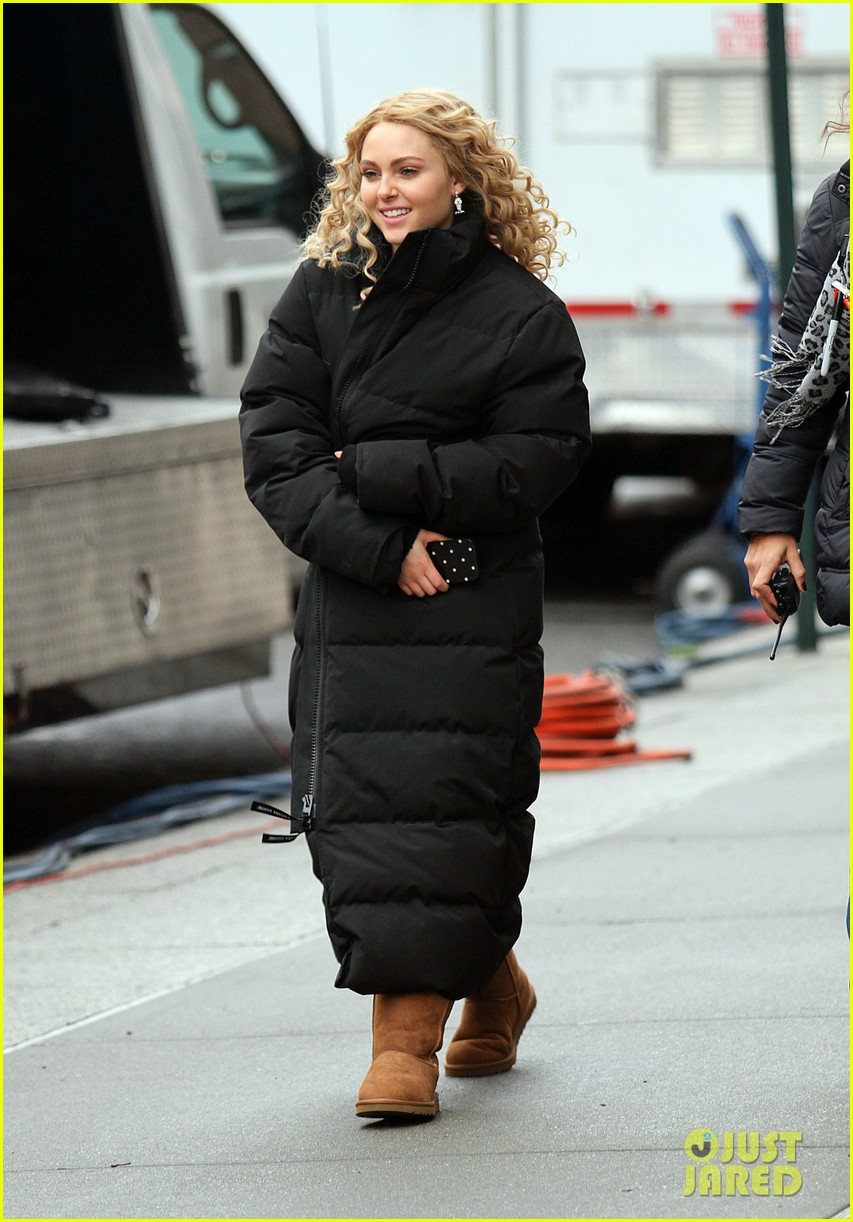 annasophia robb the carrie diaries set 14