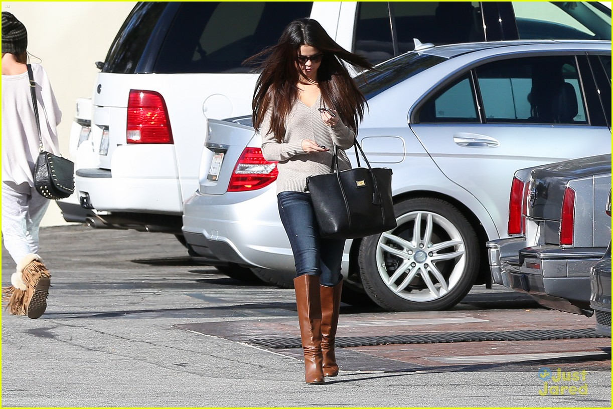 selena gomez jack box run 04