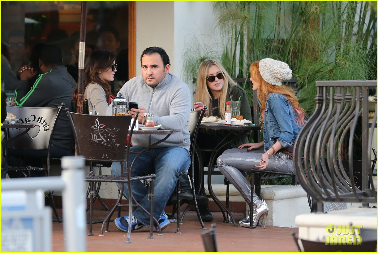 bela thorne kylie jenner lunch 06