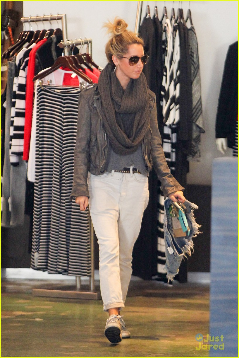 ashley tisdale planet blue kings road 09