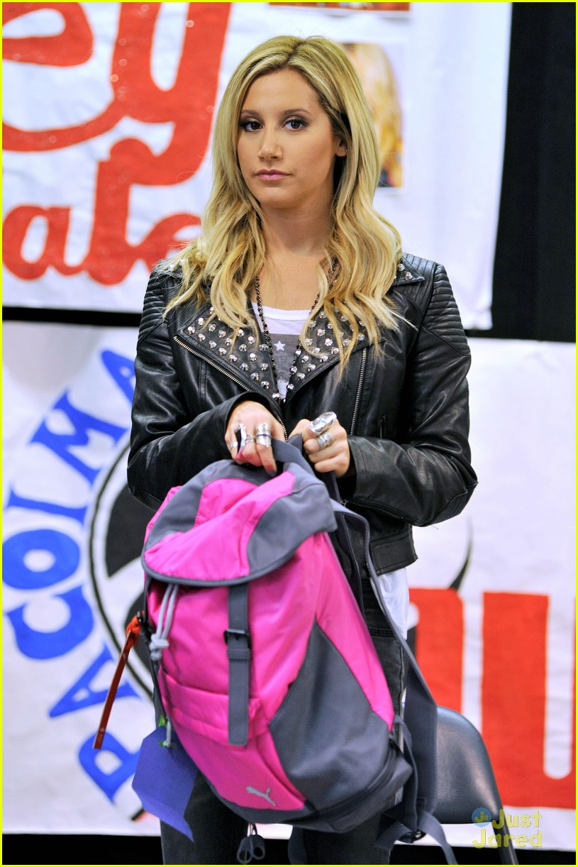 ashley tisdale puma las best 05