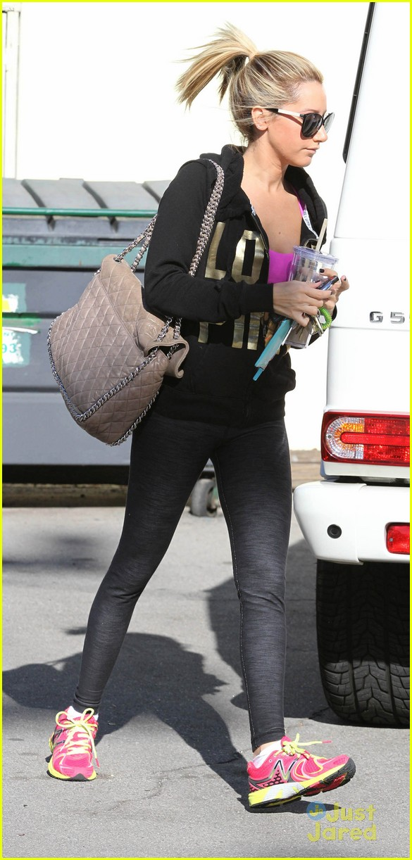 ashley tisdale lunch equinox 10