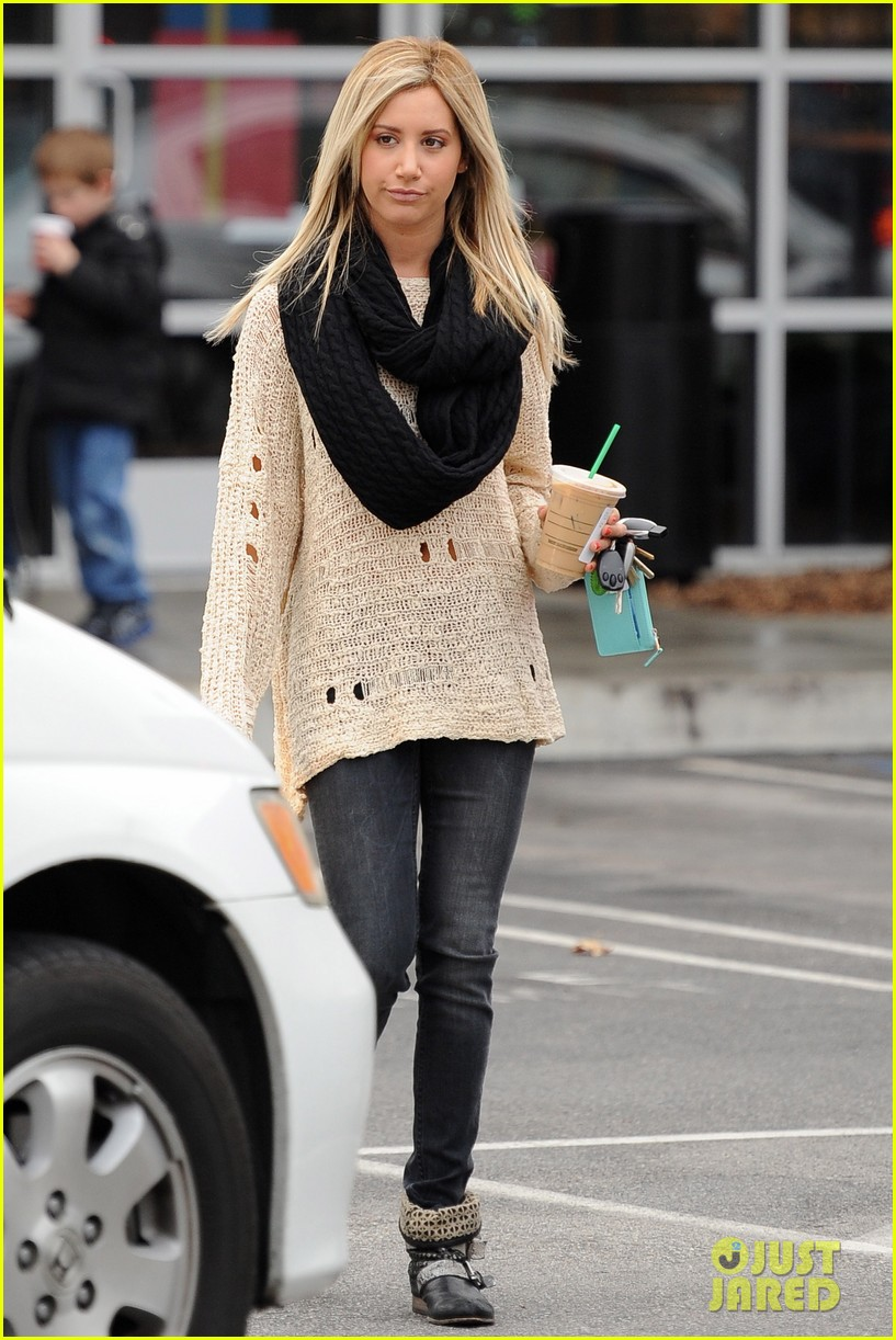 ashley tisdale starbucks studio city 10