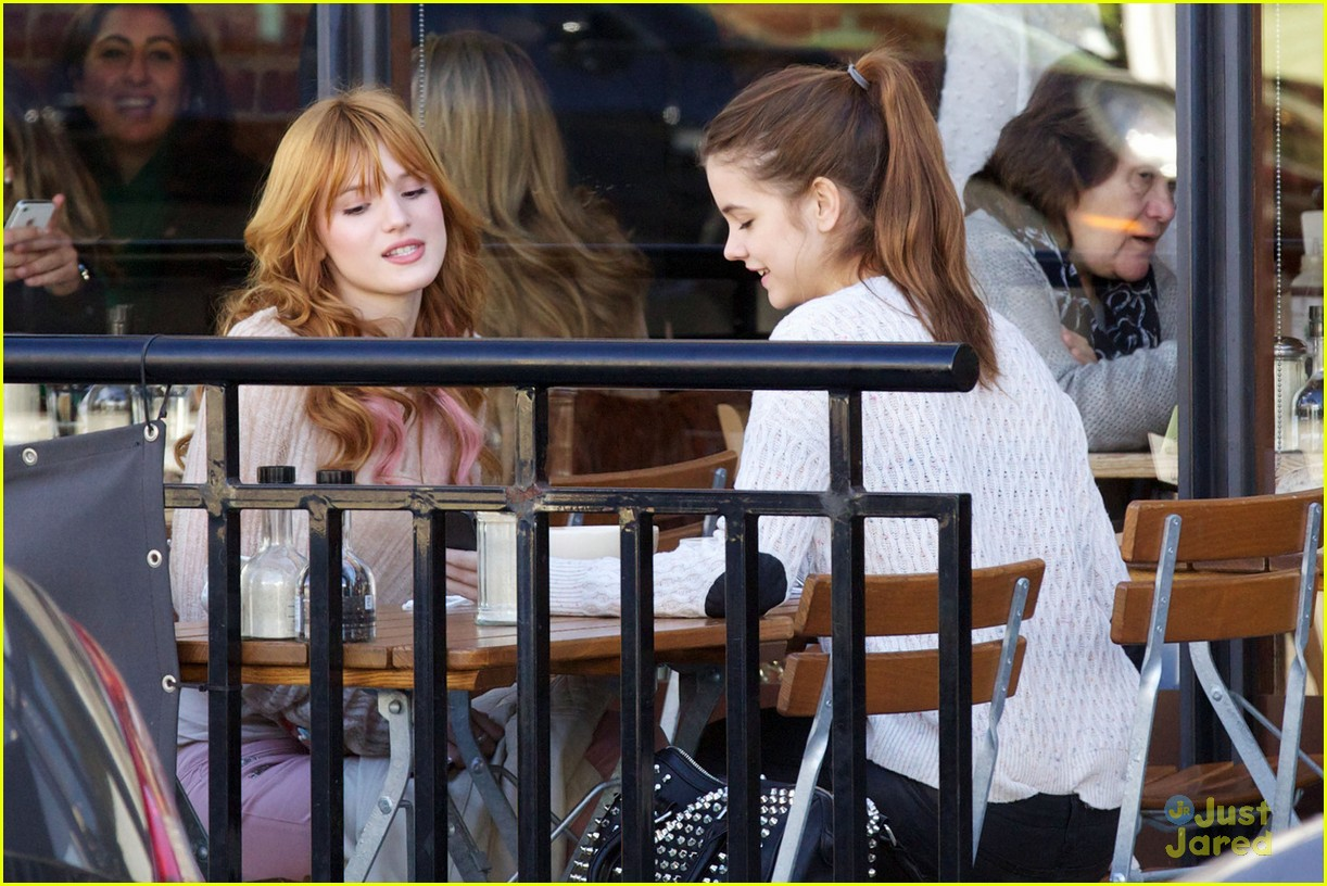 bella thorne barbara palvin lunch 08