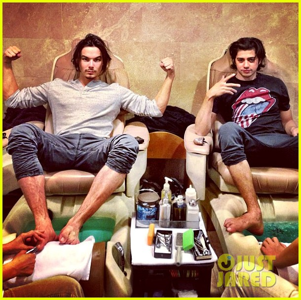 tyler blackburn chris galya pedicure buddies 01
