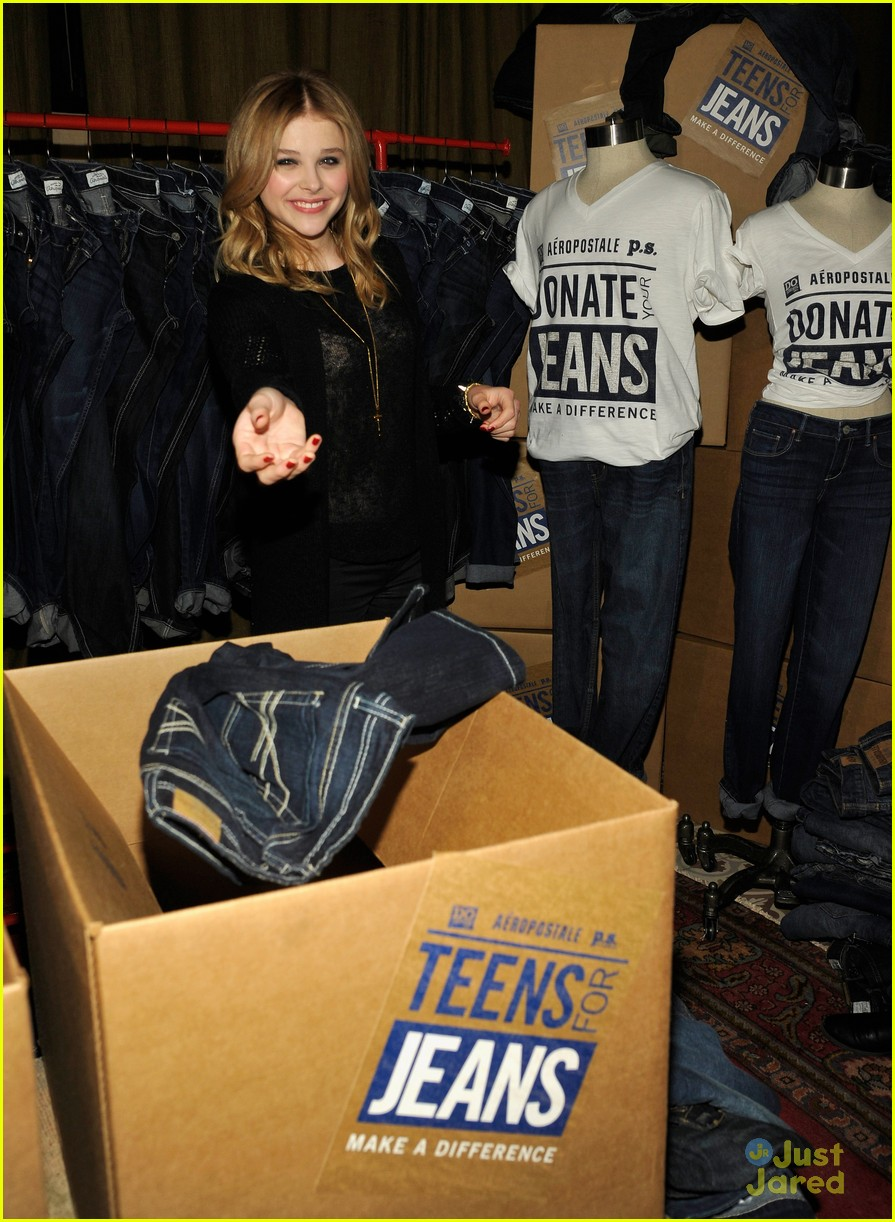 chloe moretz ryan beatty teens jeans 11