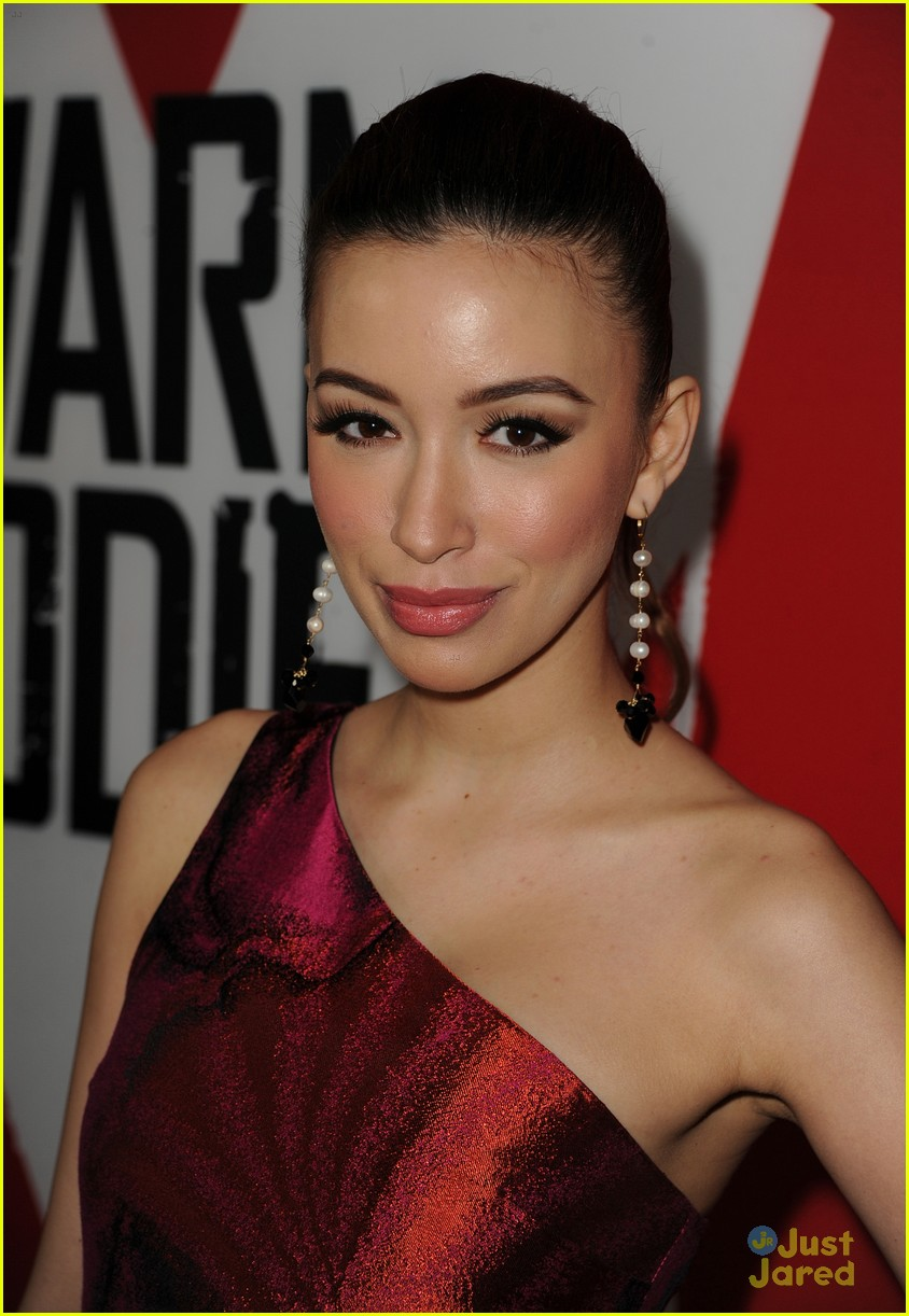 christian serratos jackson rathbone warm bodies 02