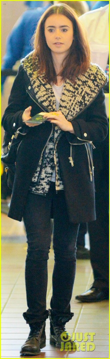 lily collins lax departure 05