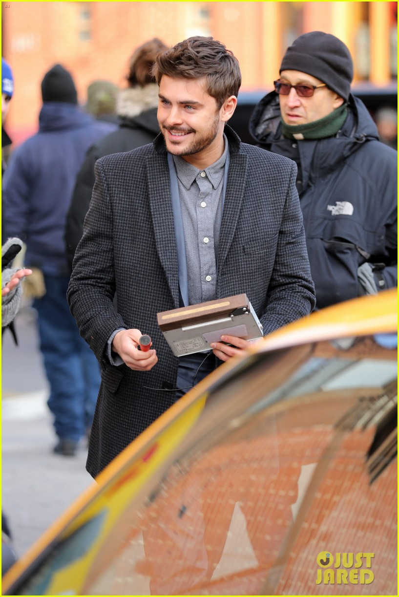 zac efron bearded in brooklyn 04