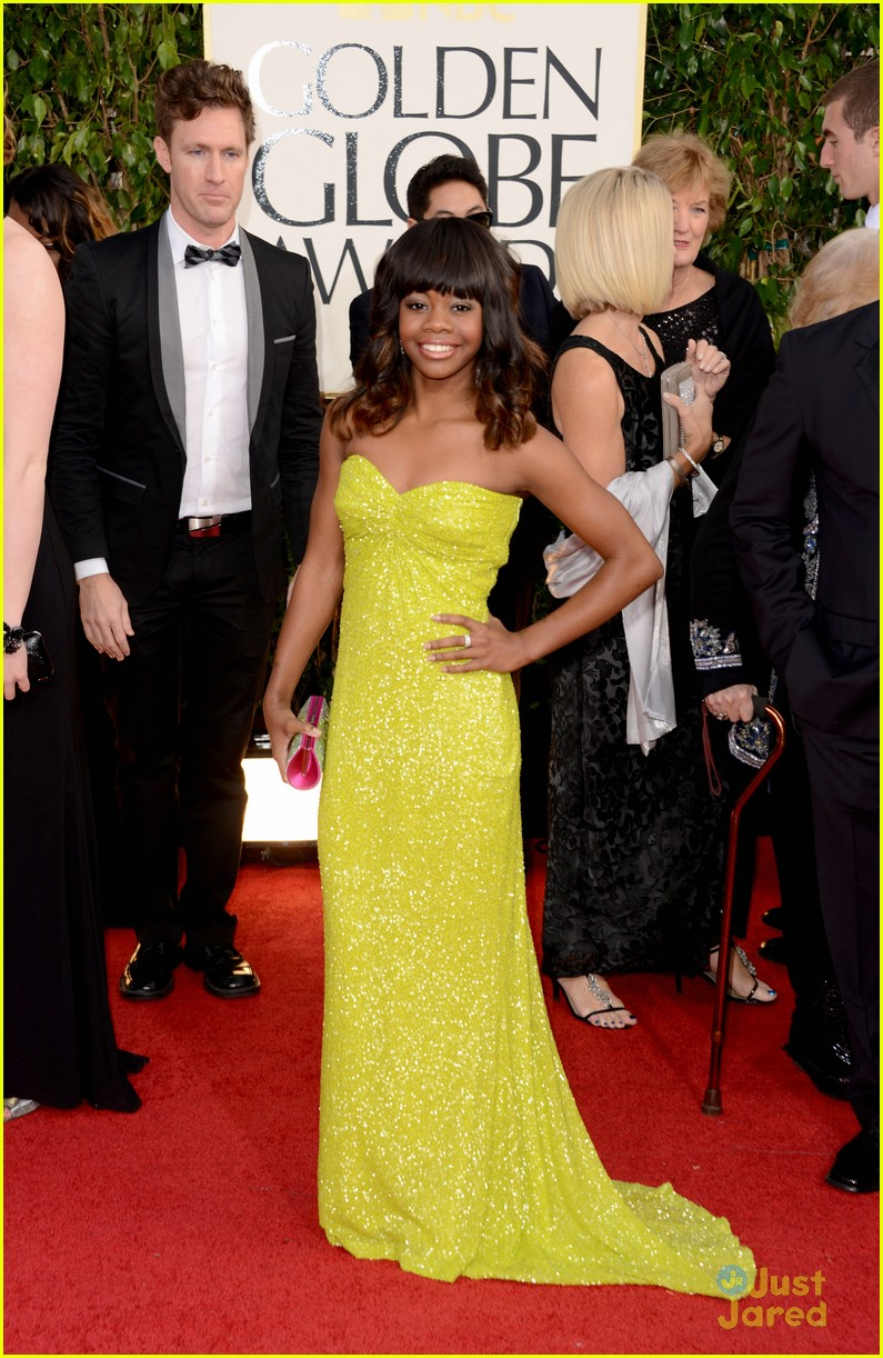 gabby douglas golden globe awards 16