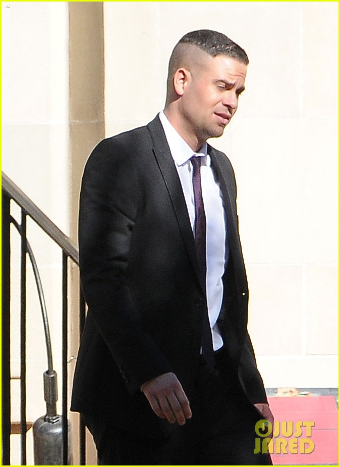 mark salling cory monteith glee set 04