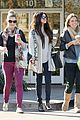 Gomez-smilesbux selena gomez smiling at starbucks 12