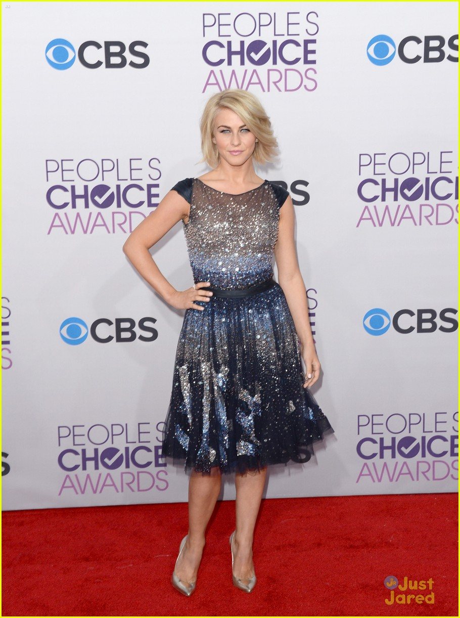 julianne hough pca 2013 12