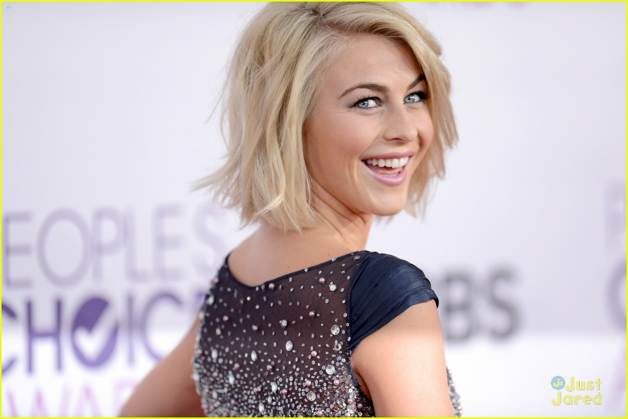 julianne hough pca 2013 15