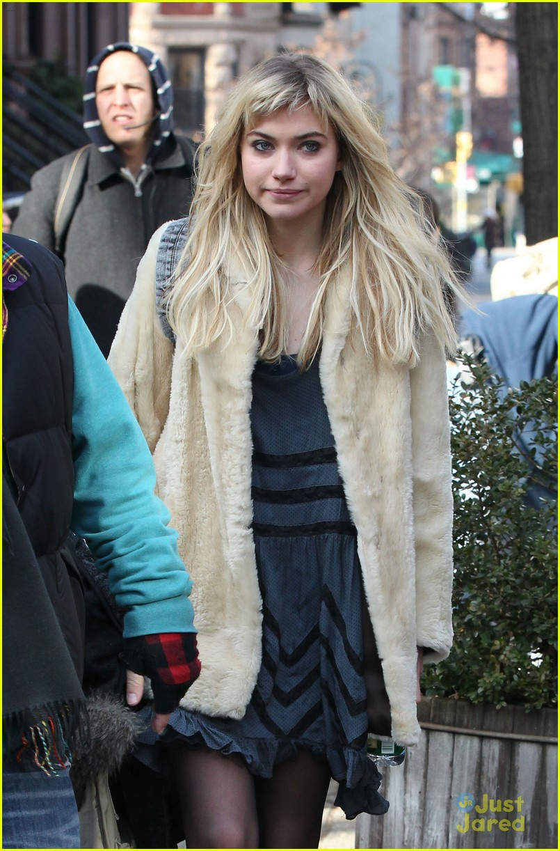 imogen poots dating set 08