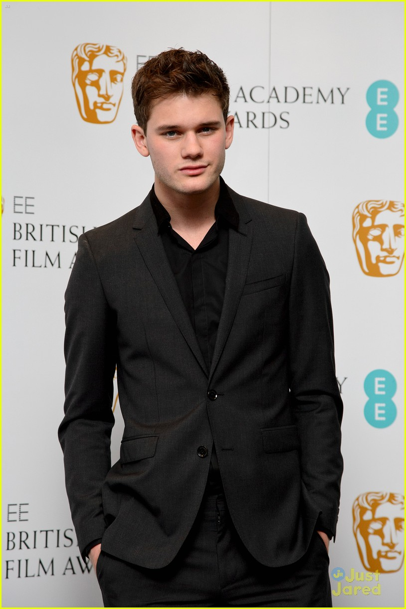 jeremy irvine bafta nominations 02
