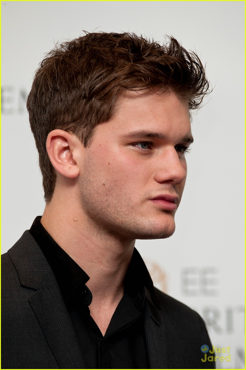 jeremy irvine bafta nominations 12