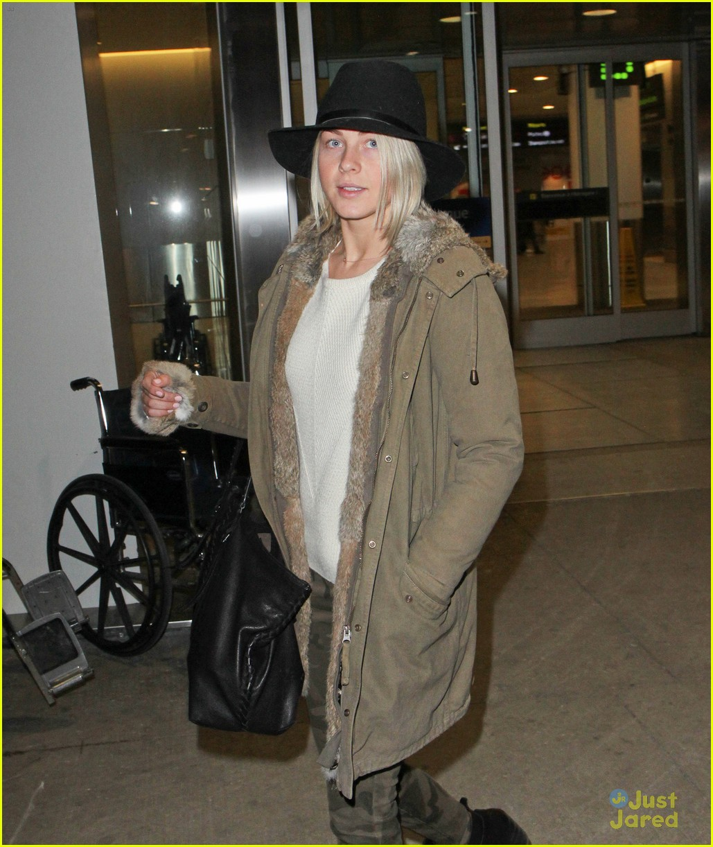 julianne hough toronto safe haven 02
