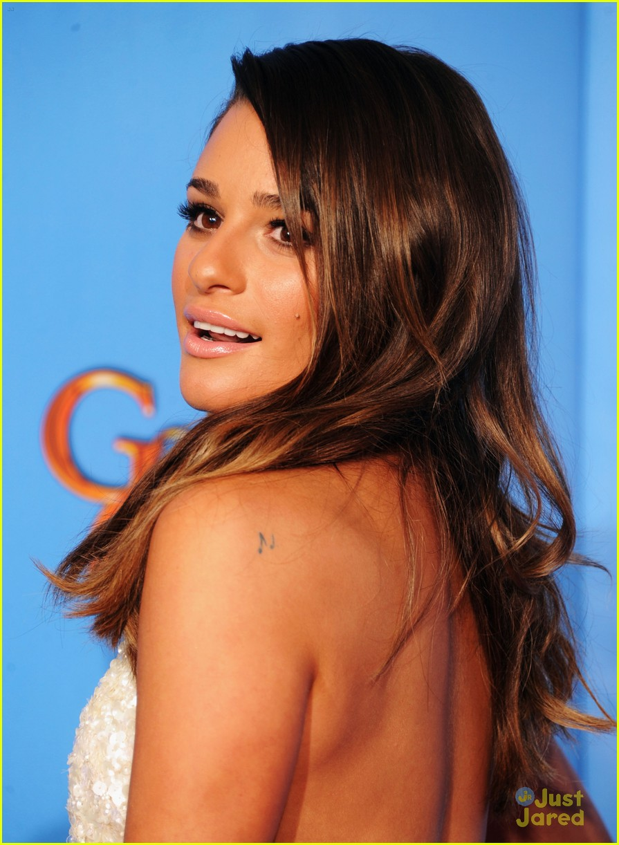 lea michele golden globes 13