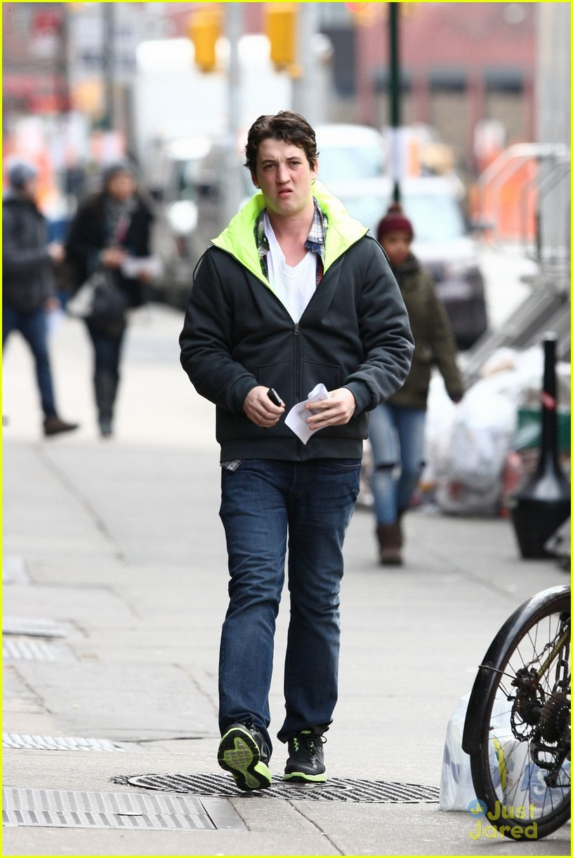 miles teller dance shai woodley 01