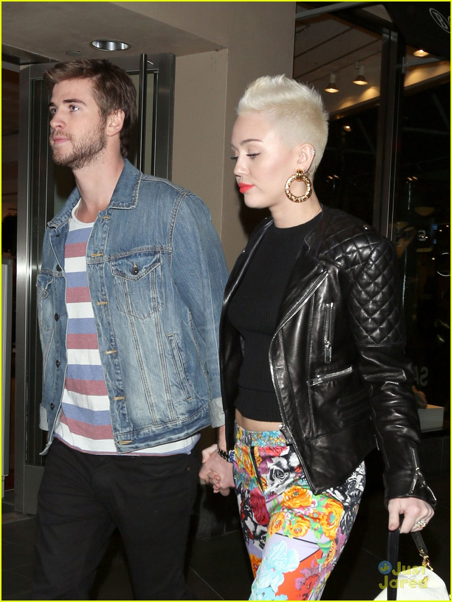 Miley Cyrus & Liam Hemsworth: Happy Birthday, Noah ...