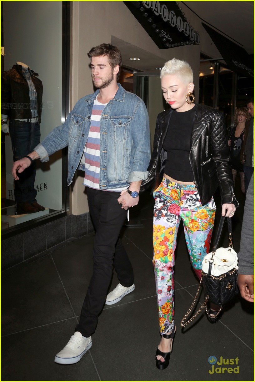 miley cyrus liam hemsworth noah bday 06