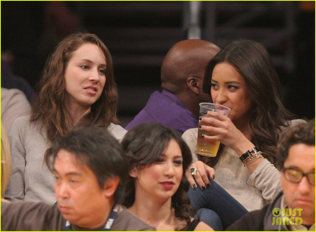 shay mitchell troian bellisario lakers game girls 10