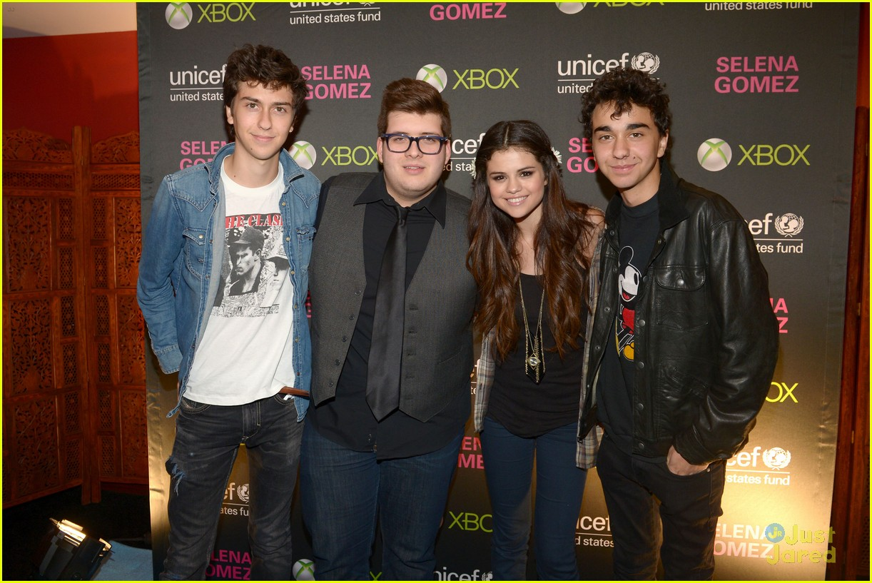 selena gomez unicef concert pics 03