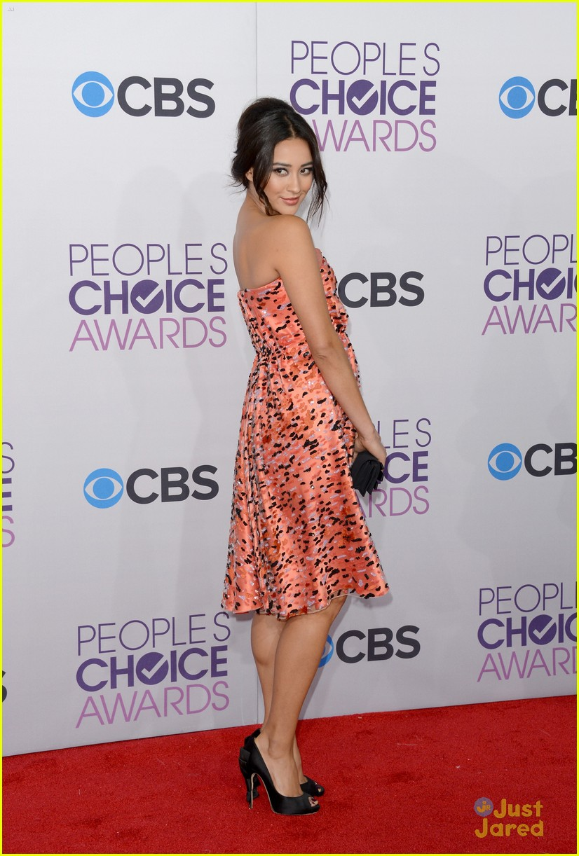 shay mitchell pcas 2013 18