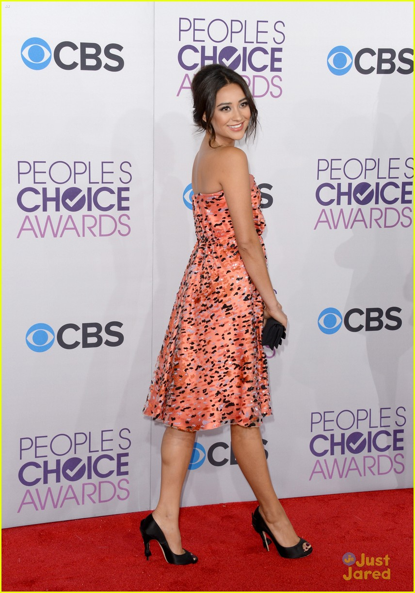 shay mitchell pcas 2013 19