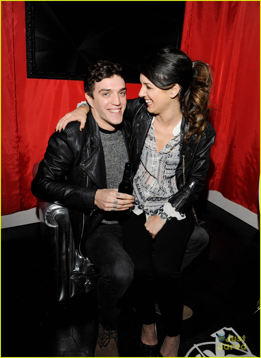 shenae grimes josh beech becks sapphire 04