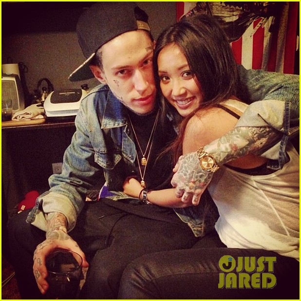 brenda song trace cyrus reunited new years 01