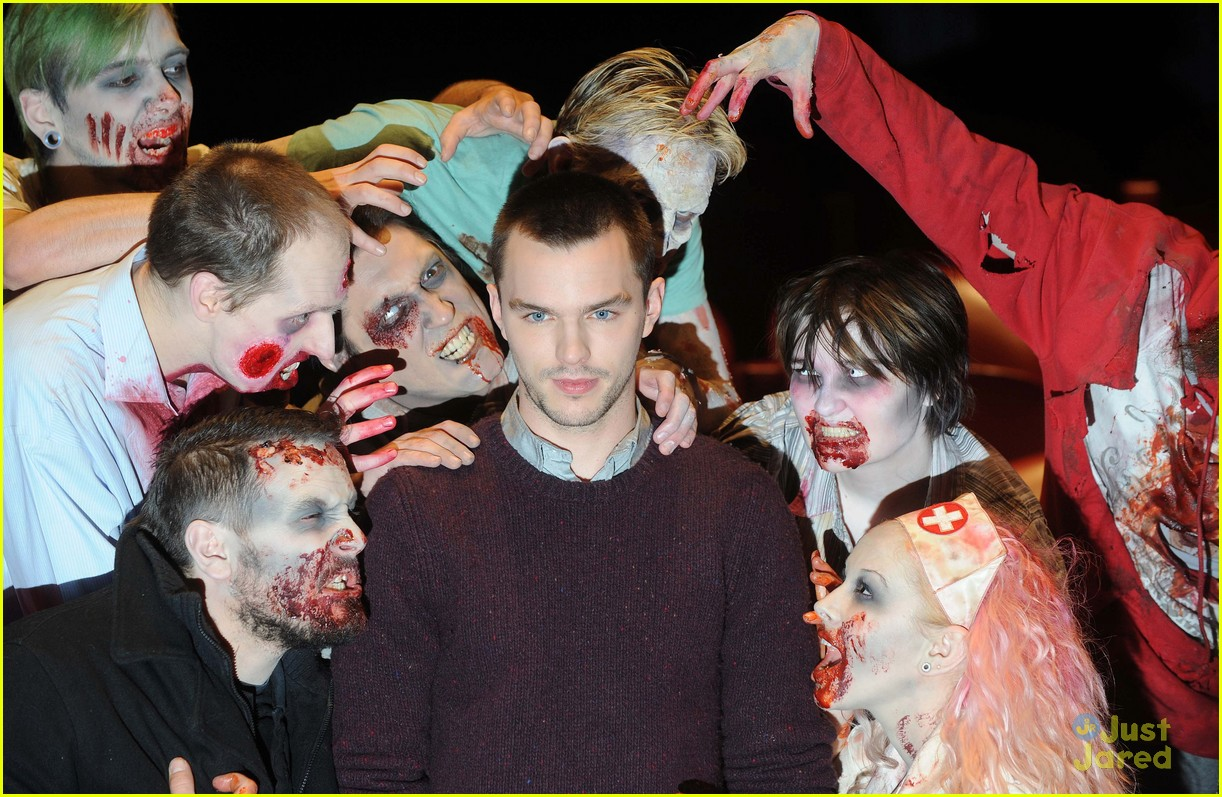 teresa palmer nick hoult london warm bodies 10
